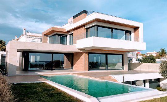 Questions à se poser avant de signer un CCMI contrat de construction de maison individuelle